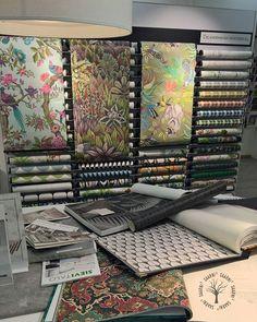 #colorcafehelsinki #värisilmä #ihanatvärit #sisustussuunnittelu #Sievitalo #saarni³ #kolmesukupolvea Instagram Widget, Display, Website, Floor Space, Billboard