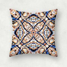 """Portuguese tiles"" Cojín cuadrado por Monike_Meurer"