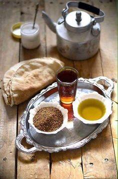 Simple Syrian Breakfast ( Zait and Za'tar)