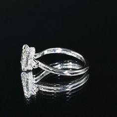 Three Stone Engagement Rings, Three Stone Rings, Vintage Engagement Rings, Wedding Day, Wedding Rings, Oval Diamond, Jewelry, Pi Day Wedding, Jewlery