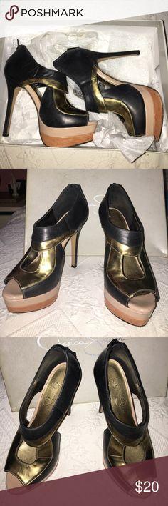 Super cute Jessica Simpson Heels Great condition!!!! Open toed shoes and are super cute Jessica Simpson Shoes Heels