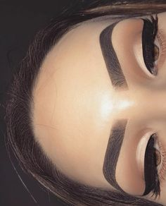 natural makeup makeup eyeshadow prom makeup makeup vanity wedding makeup ma… - Make Up Ideas Makeup On Fleek, Cute Makeup, Eyebrow Makeup, Pretty Makeup, Skin Makeup, Makeup Eyebrows, Prom Makeup, Simple Makeup, Thin Eyebrows