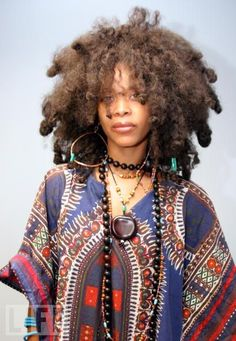 love necklace layering ...why can't i do it right?   Erykah Badu- Inspiration!