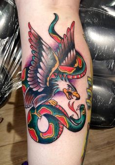 #tattooyoubrasil #patriciagea #tattoo #eagle #snake