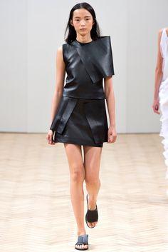 J.W.Anderson Spring 2014 Ready-to-Wear Fashion Show - Xiao Wen Ju