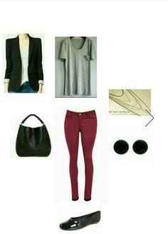 #24_5, #calça vinho, #camiseta cinza, #blazer preto, #sapatilha preta verniz, #colar longo.