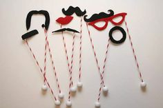 Photo Props || Mustache props would be adorable with a large group or a family