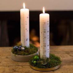 Make your own Advent decoration - DIY recipes - Søstrene Grene Christmas Advent Wreath, Christmas Time, Christmas Decorations, Holiday, Advent Candles, Pillar Candles, Media Room Decor, Diy Weihnachten, Flower Centerpieces