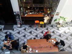 Shanghai-See Saw cafe