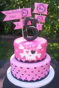 girly pirate cake by Brenda Peace