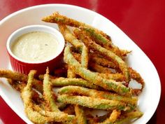Almost-Famous Green Bean Fries Recipe : Food Network version of TGI Friday's Fried Green beans including dipping sauce) Beans Fry Recipe, Fries Recipe, Crispy Green Beans, Fried Green Beans, Fried Beans, Food Network Recipes, Cooking Recipes, Cooking Food, Good Food