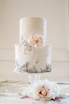 Elegant Pearls Wedding Cake