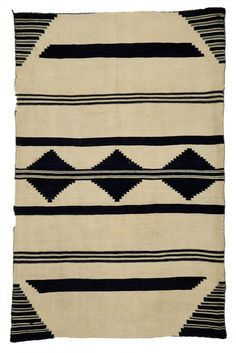 The Durango Collection: Weaving in the Southwest, This exhibition examines the evolution of southwestern textiles made between about 1860 and… Native American Teepee, Native American Patterns, Fort Lewis, Navajo Rugs, Tapestry Weaving, Animal Print Rug, Museum, Blanket, Colors