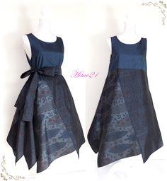 大島紬などの着物をリメイクして服を作っている個人サイトです。 すべて1点ものの手作り。アナタだけの1着が見つかりますように。 Batik Fashion, Ethnic Fashion, Asian Fashion, Trendy Dresses, Casual Dresses, Foto Fashion, Batik Dress, Vintage Mode, Linen Dresses