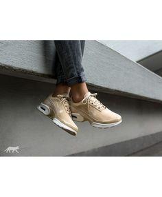 1f484fa7b254f Womens Nike Wmns Air Max Jewell Prm Txt Linen Linen Sail Trainer Nike  Trainers, Nike