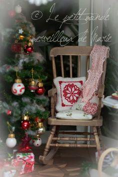 Je vous souhaite un Joyeux Noël ! I wish you a Merry Christmas !                                  N'oubliez pas de vous inscrire à mon Chri...