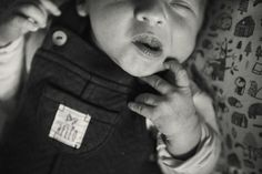 #photographie #photography #famille #family #naissance #bebe #baby #home #lifestyle #france Bebe Baby, Face, Lifestyle, Birth, Photography, The Face, Faces, Facial