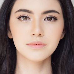 Mai Davika Hoorne #lips #makeup