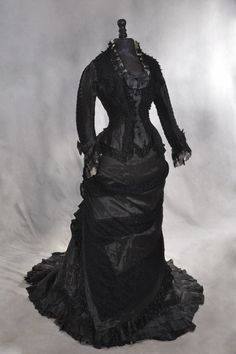 Dress, 1878 Private collection via Auror Art and Soul