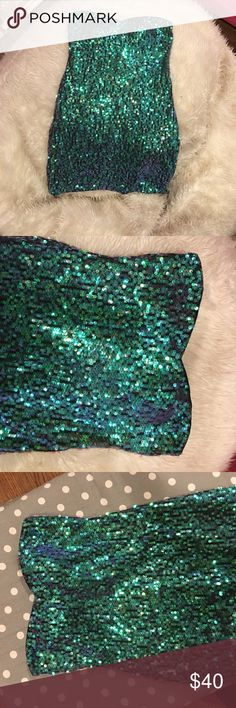 Beautiful short strapless emerald sequin dress Awesome  emerald sequin short strapless dress with sweetheart neckline.  Simple clean lines and looks stunning on.  Size medium with ability to be worn by many different sizes.  Looks great on! As U Wish Dresses Mini