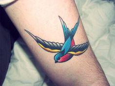 Traditional Swallow Bird Tattoo 86d6c0e317cde5a3eee8195317d12a ...