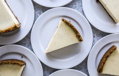A great cheesecake is the stuff dreams are made of. Make it a reality by avoiding these cheesecake common mistakes.