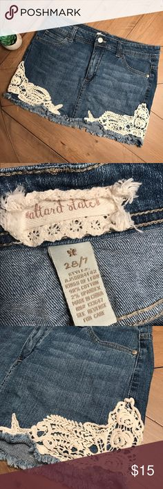 Altar'd State denim Jean skirt lace Summer So cute!! Altar'd State size 7/28 Jean mini skirt with lace accent on sides. On point with the summer trends! Frayed hem. Smoke free pet free home Altar'd State Skirts Mini