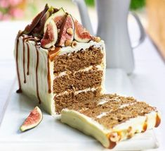 Spiced fig, coffee & hazelnut cake This sophisticated cake is gently spiced and full of treacly flavours from dried figs and muscovado sugar, finished with a cream cheese icing Mini Desserts, Just Desserts, Dessert Recipes, Plated Desserts, Winter Desserts, Crepe Recipes, Bbc Good Food Recipes, Baking Recipes, Yummy Food