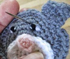 Teri Crews Designs: Stitching Eyes