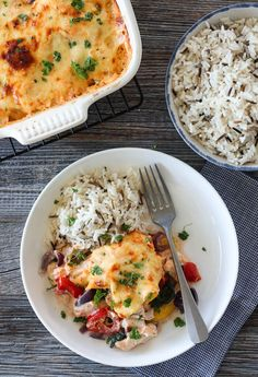 TORSKEFORM MED PAPRIKA & CHILISAUS | TRINES MATBLOGG Fish Recipes, Recipies, Meal Planner, Risotto, Chili, Vegetarian Recipes, Meals, Dinner, Ethnic Recipes