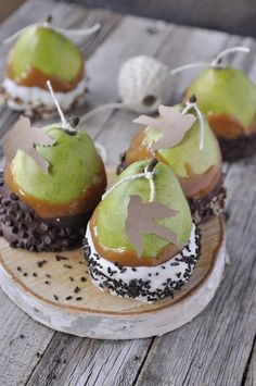 Caramel Covered Pears, a partridge in a pear tree - what a fun twist on the caramel apples :)