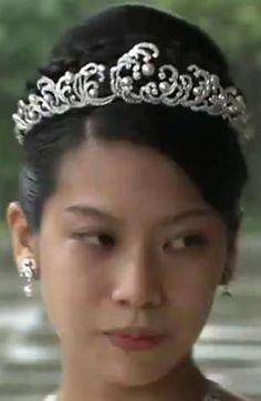 Tiara Mania: Princess Noriko of Japan wearing the Pearl & Diamond Wave Tiara
