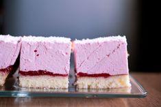 Ciasto Ptasie Mleczko, czyli lekka pianka na biszkopcie