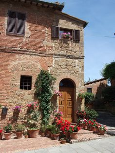 small medieval hamlet, Val d'Orcia