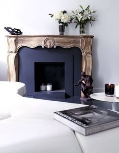 Fireplace | Des références au passé discrètement modernisées - Une maison de famille aux allures de loft - CôtéMaison.fr