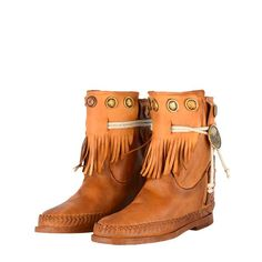 Leather ethnic boots enriched by studs and fringe, in Cognac color. Adjustable width by string. 100% Made in Italy entirely hand-stitched, characterized by a unique decorated metal plate, placed on a leather base bearing the inscription Karma of Charme, which verifies the originality. Heel approximately 1,5 cm Inner wedge approximately 3 cm Anti-slip rubber sole