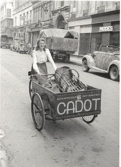 Paris 1943 - Bread delivery