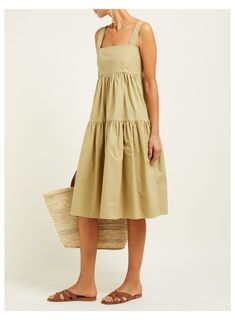 Dress Outfits, Casual Dresses, Fashion Outfits, Midi Dresses, Midi Skirts, Long Skirts, Modest Outfits, Modest Fashion, Moda Streetwear