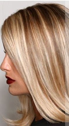 THIS is how I color hair. :o) Champagne highlights with two alternating tones incorporated. Ask your colorist to use 3 colors alternating foils, sometimes back to back the lightest with the darkest! You will be the perfect blonde Ombré Hair, Hair Day, Hairstyles Haircuts, Pretty Hairstyles, Style Hairstyle, Summer Hairstyles, Wedding Hairstyles, Low Light Hair Color, Low Lights Hair