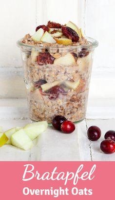 Gesundes Frühstück über Nacht: Wir zeigen euch ein gesundes Frühstücksrezept für Overnight Oats mit Bratapfel und Cranberries!