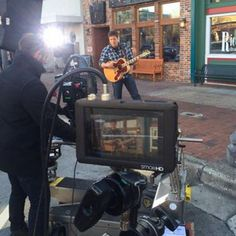 """Rodney Atkins teases behind the scenes shots of """"Eat Sleep Love You Repeat"""" video"""