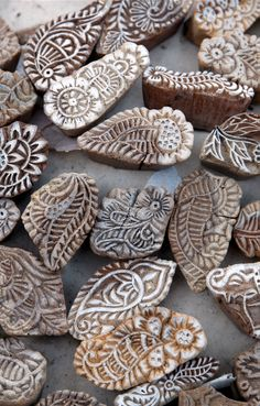 These woodblocks carved with floral (and elephantine) motifs were originally used for printing fabric. Here they are on sale to tourists visiting Gadi Sagar, Jaisalmer's reservoir. | ©nekineko, via flickr
