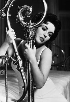 Elizabeth Taylor (La gata sobre el tejado de zinc, 1958. Dir. Richard Brooks)