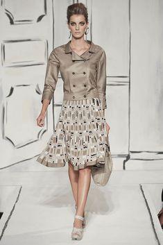 Oscar de la Renta Spring 2009 Ready-to-Wear Fashion Show - Denisa Dvorakova