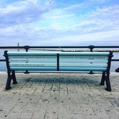 Poesia di strada #bari #lungomare #instalike #instatravel #weareinpuglia #igbari #instapic #instalike #travel #blog #blogger