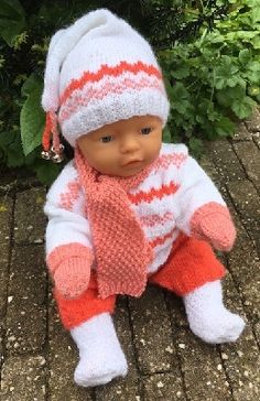 Baby Born Kleidung, Our Generation Doll Clothes, Baby Boy Sweater, Aboriginal Art, Baby Dolls, Knitting Patterns, Crochet Hats, Quilts, Stitch