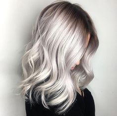 10 Balayage Ombre long hairstyles from subtle to stunning - HAARFARBEN - Cheveux Femme Balayage Hair Grey, Balayage Ombré, Balayage Highlights, Balayage Hairstyle, Silver Highlights, Wedding Highlights, Bayalage, Icy Blonde, Platinum Blonde Hair