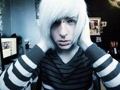 Emo Hairstyles for Trendy Guys – Emo Guys Haircuts – Trend Frisuren Emo Guys, Hot Emo Boys, Girl Haircuts, Haircuts For Men, Emo Hairstyles, Scene Boys, Emo Scene, Emo Boy Tumblr, Punk Rock
