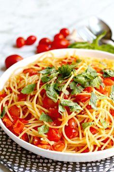 Vegetarian Pasta Recipes, Vegan Dinner Recipes, Delicious Vegan Recipes, Vegan Dinners, Italian Recipes, Weeknight Dinners, Vegan Pasta, Vegan Food, Pot Pasta