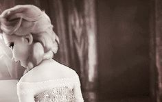A frozen love<< This is one of the cutest Jelsa gifs out there in my opinion. I could make a whole fanfiction off of this.